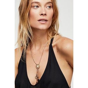 NWT Free People Lasso Lariat Necklace Gold